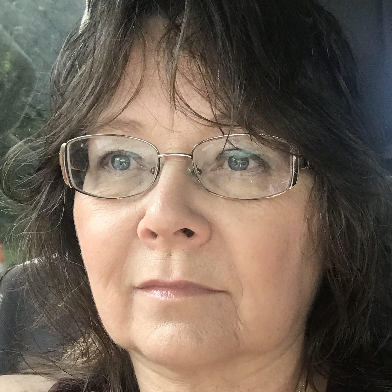 Helen Hepler, Shop Manager